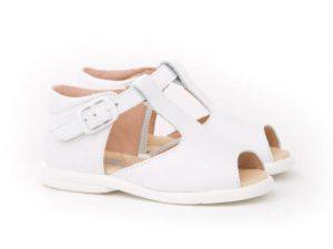 sandalia blanca niño